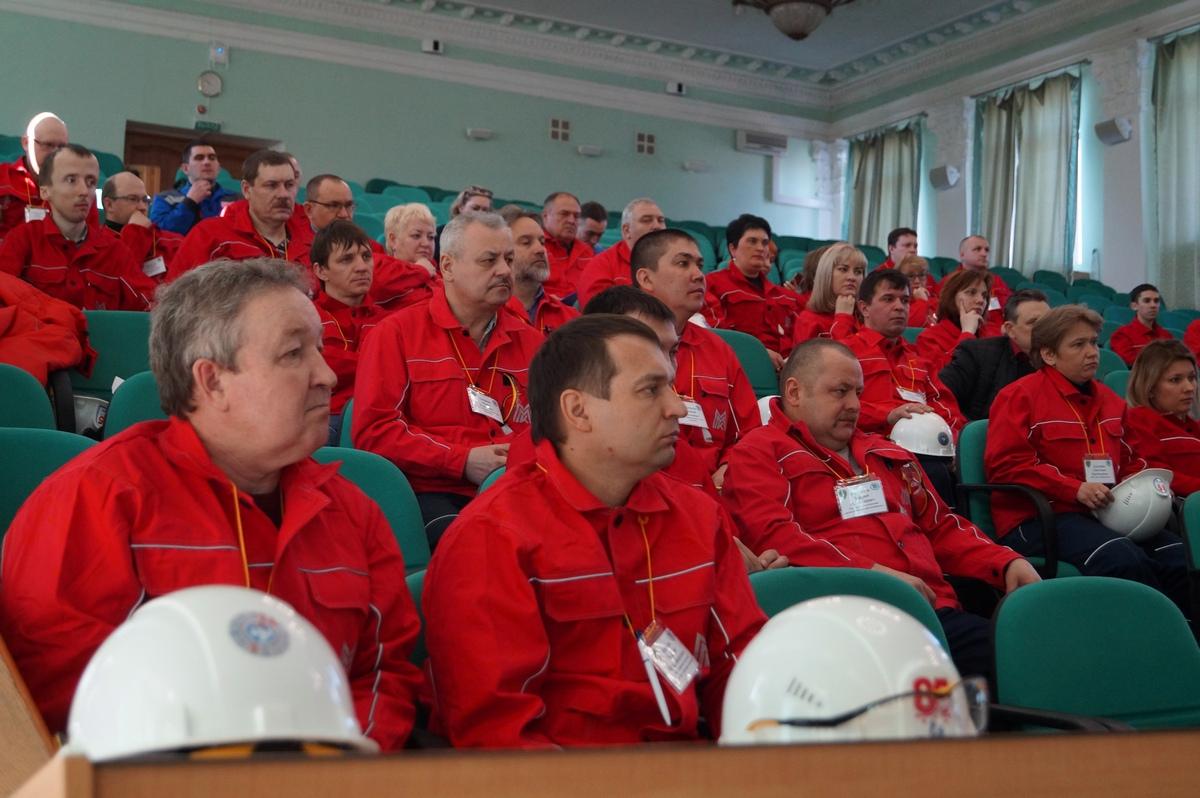 В Магнитку приехали представители горных и металлургических предприятий Челябинска, Аши, Кыштыма, Карабаша, Бакала