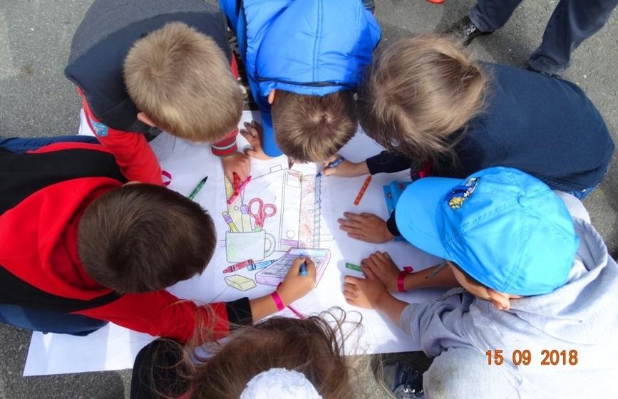Дети работников ЧЭМК с удовольствием бегали и прыгали, рисовали и разгадывали загадки