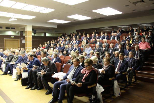 Генсовет ФНПР о проведении Всероссийского опроса и негативной оценке  стратегических документов развития страны