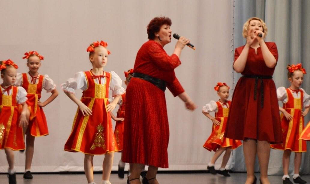 Концерты стали настоящим праздничным подарком всем работникам «ММК-МЕТИЗ»