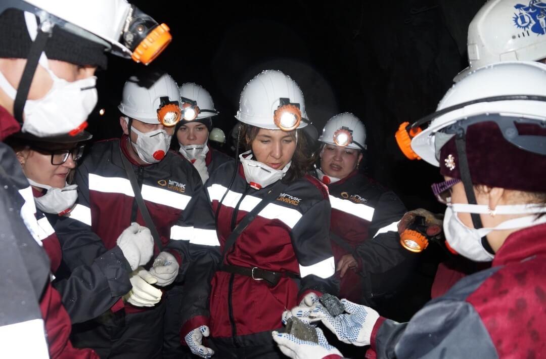 В шахте Узельгинского рудника