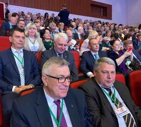 Делегаты съезда – М. Тарасенко, А. Безымянных, Б. Семенов