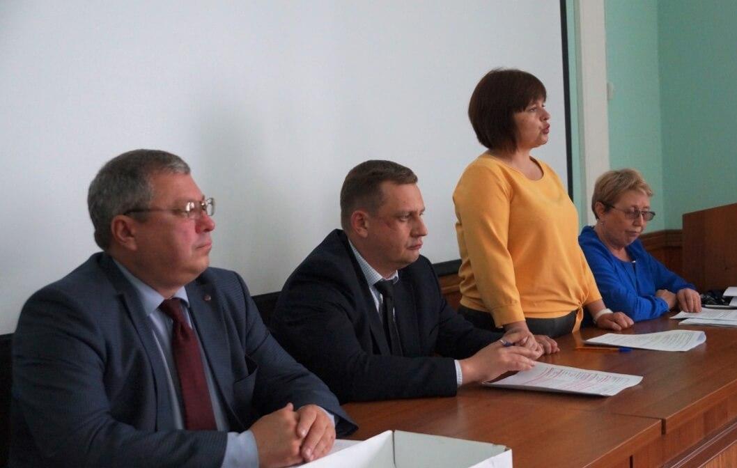 Президиум конференции: А. Зарочинцев, Д. Стариков, А. Ливанова, А. Белова
