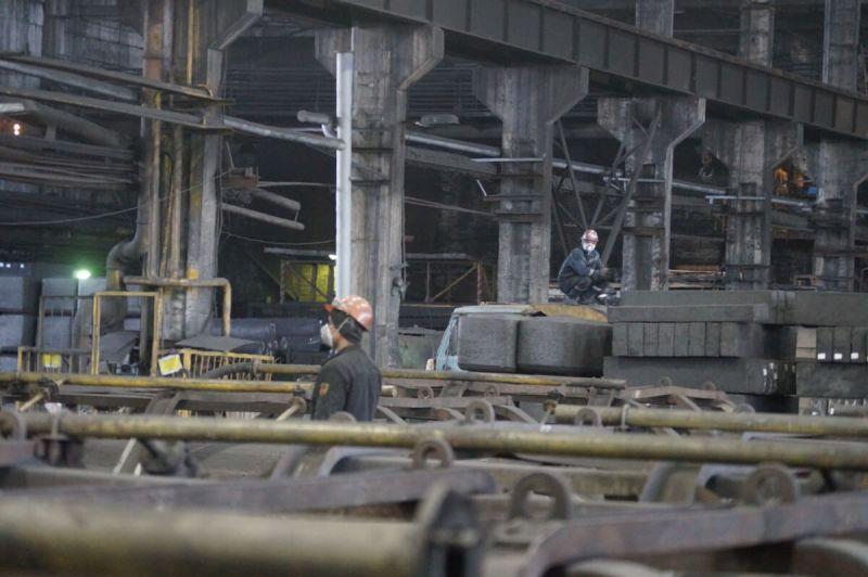 «Донкарб Графит». На это предприятие планируется перевести 137 работников ЭПМ-ЧЭЗ