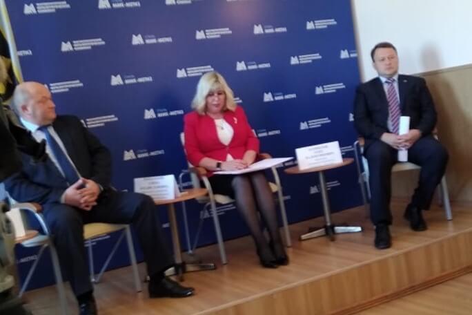 Встреча с коллективом. Слева направо: Александр Мухин, Елена Рамазанова, Олег Парфилов