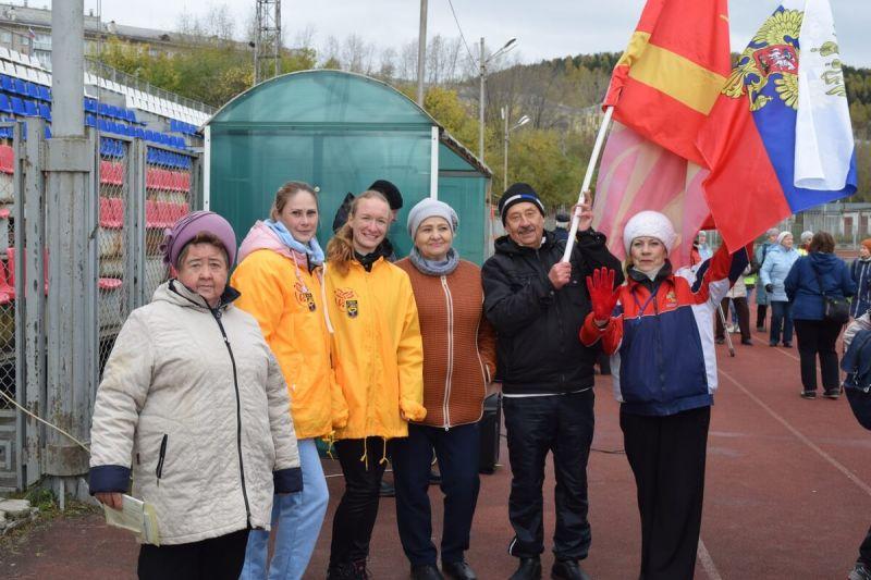 Спорт объединяет: молодежь ЗЭМЗ и ветераны Златоуста