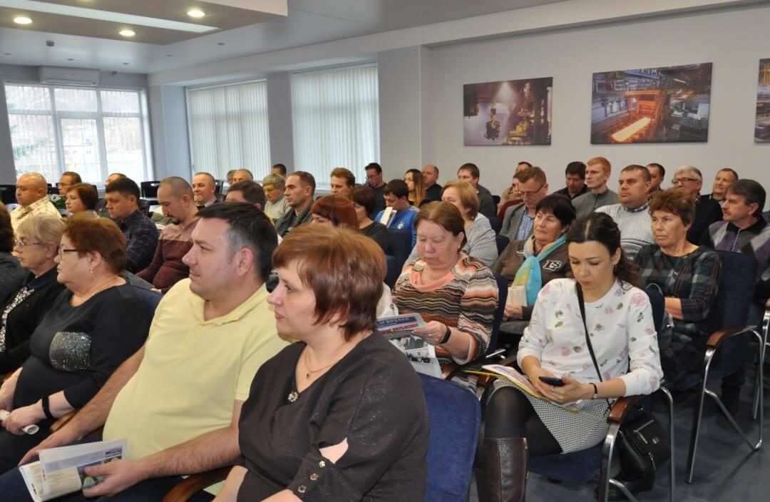 На конференцию пришли 65 делегатов