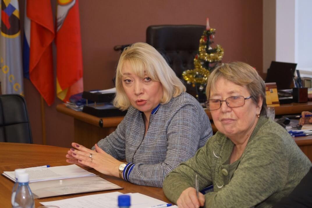 Председатель ППО КМЭЗ Татьяна Колесникова (слева), председатель ППО БРУ Анна Белова