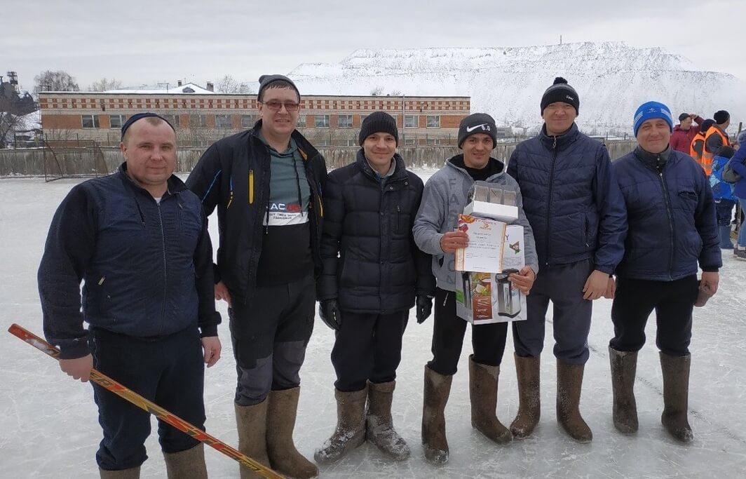 Команда цеха вторичной переработки и отгрузки ферромарганца СЧПЗ, 3-е место