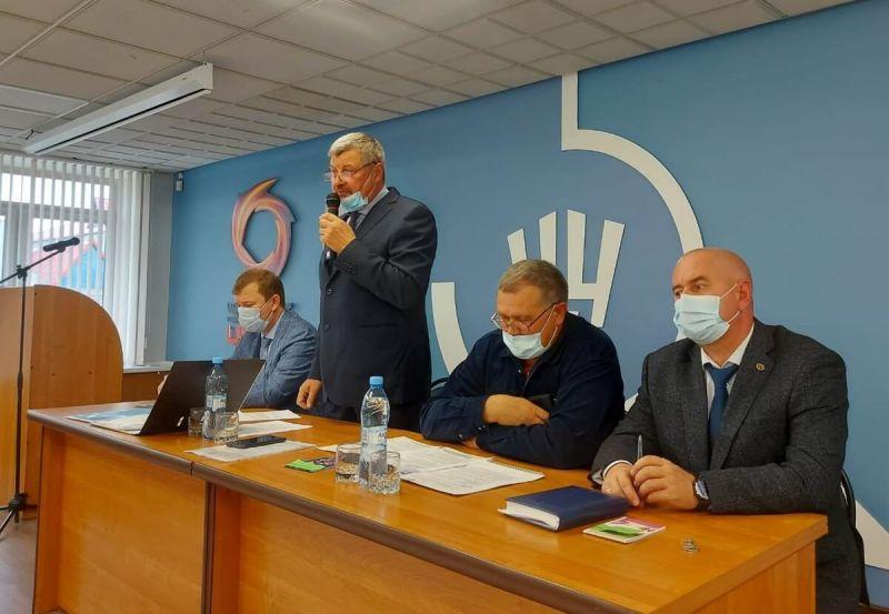 Выступает Сергей Яшукин, председатель профсоюзной организации ЧЦЗ